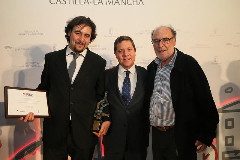 CEE CONSABURUM S.L y el Presidente de Castilla la Mancha, D. Emiliano García-Page